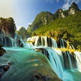 Chính tả: Hà Nội; Cao Bằng; Núi non hùng vĩ; Ôn tập về quy tắc viết hoa (Viết hoa tên người, tên địa lí Việt Nam)